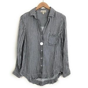 Gray/white frayed hem button down top.